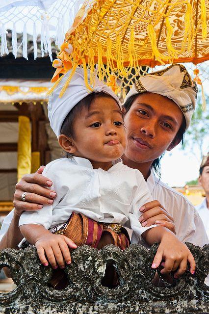 Mengenal Nama & Kasta Warga Bali